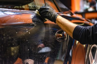 Comment laver et cirer votre voiture ?